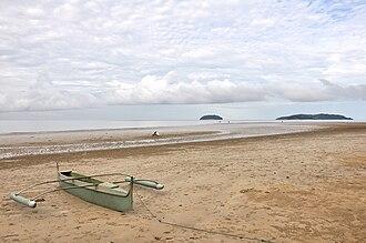 Tanjung Aru - Image: Tanjung Aru Beack Early One Cloudy Morning