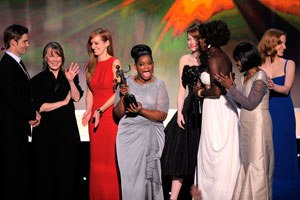 Octavia Spencer - The Help cast at 18th Screen Actors Guild Awards  (Spencer in the middle).