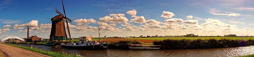 A landscape panorama taken in the Netherlands.
