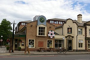 English: The Sir Isaac Newton public house