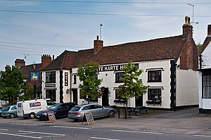 Grade II* listed buildings in Tandridge (district) - Image: The Whyte Hart Hotel (geograph 3353070)
