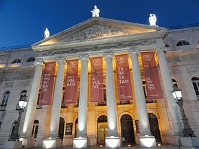 Theater in Lisbon (11571065464).jpg