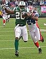 Thomas Jones vs Bills cropped.jpg