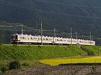 Tobu6171F-6163F-6162F nikko-rapid itaga.jpg