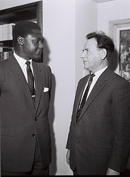 Tom Mboya (links) met Aharon Becker, 1962