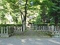 Tomb of Prince Kaneyoshi.jpg