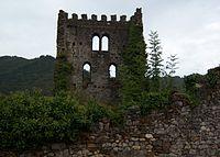 Torre-soto-tras-muralla.jpg