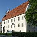 Trochtelfingen - Schloss mit Treppengiebel.JPG