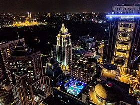 UB City nocą .jpg