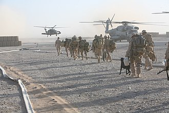 Operation Strike of the Sword - Image: US Marines boarding CH 53 Super Stallion at FOB Dwyer, Afghanistan