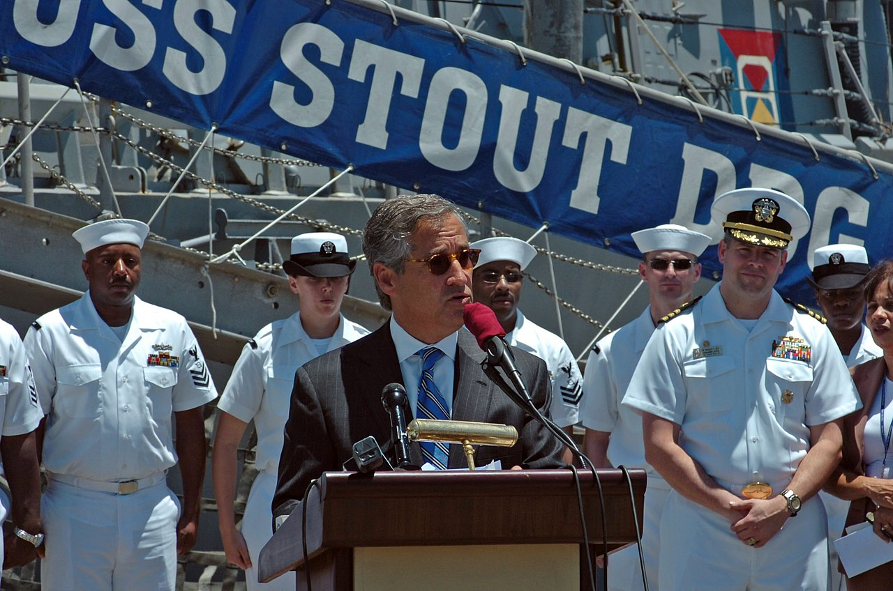 ... Stout (DDG 55) Sailors about the opportunity between the Stout and the