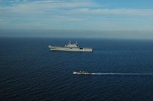 US Navy 120210-N-XH369-128 Landing Craft Utility (LCU) 1635 launches from the amphibious assault ship USS Peleliu (LHA 5).jpg
