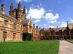 Universitato de Sydney Main Quadrangle.jpg
