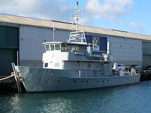 Unmarked Moa class patrol boat in Wellington.JPG