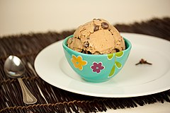 Vegan Chai Chocolate Chip Ice Cream (4106830845).jpg