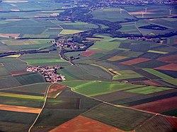 Vue aérienne de Godenvillers et Domfront 01.jpg