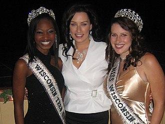 Miss Wisconsin USA - Bishara Dorre, Miss Wisconsin Teen USA 2006, Melissa Ann Young, Miss Wisconsin USA 2005, Anna Piscitello, Miss Wisconsin USA 2006 at the Miss Wisconsin USA 2007 pageant