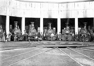 South African Class B 0-6-4T - Image: Waterval Boven roundhouse c. 1895
