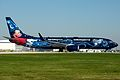 WestJet, Boeing 737-800, C-GWSZ (1) (15185757157).jpg
