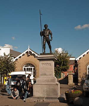 Wexford - Wexford Pikeman Statue by Oliver Sheppard in memory of the 1798 rebellion