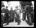 White House visitors, Washington, D.C. LCCN2016891083.jpg