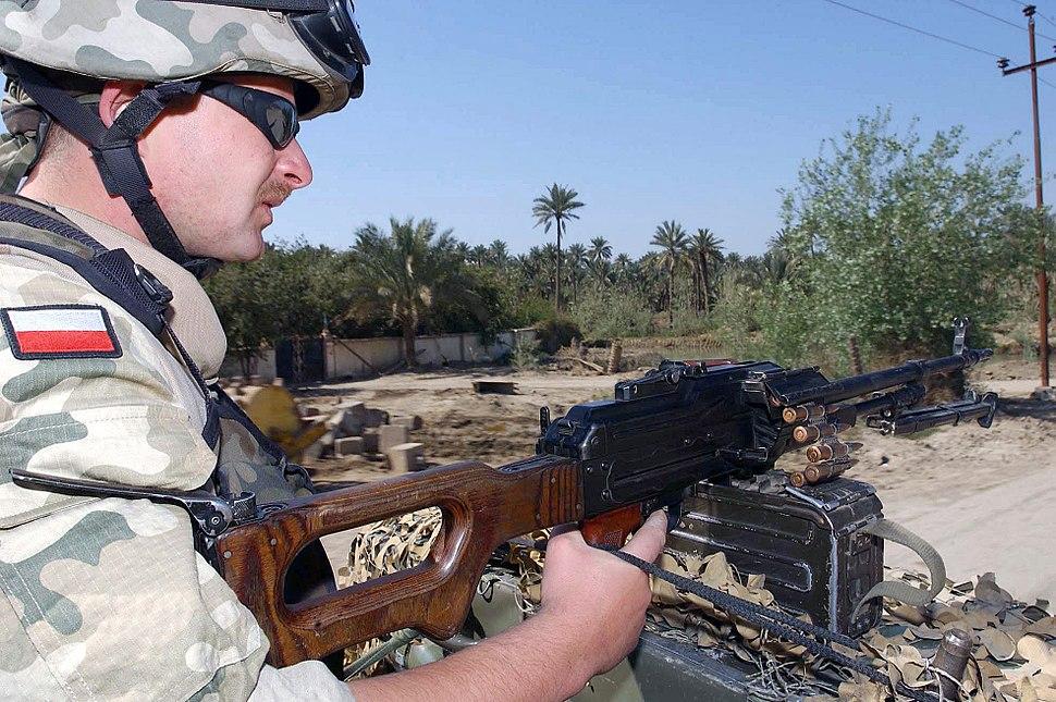 Wojsko Polskie Irak DF-SD-04-16534.JPEG