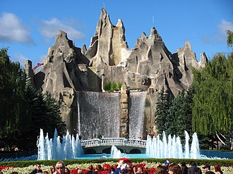 During the park's development, it was decided that Wonder Mountain would serve as its centrepiece, as opposed to the replica Eiffel Towers found in its sister parks. Wonder Mountain at Canadas Wonderland.jpg