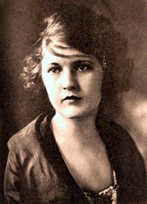 F. Scott Fitzgerald - Zelda Sayre in 1917