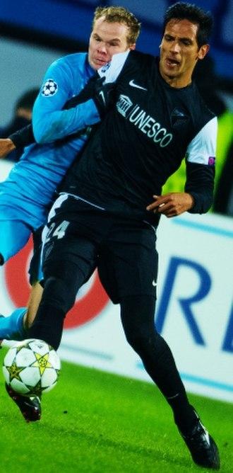 Roque Santa Cruz - Santa Cruz during the 2012–13 UEFA Champions League against Zenit Saint Petersburg.