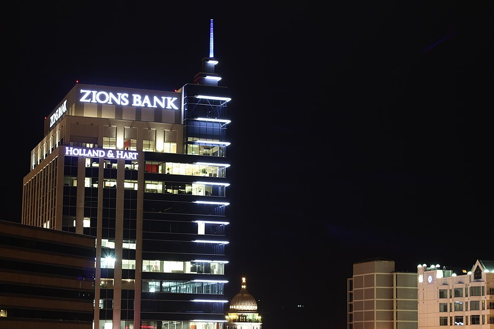 Zions Bank Building Before Dawn