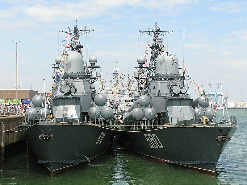 القوة البحرية الروسية تحديث الأسلحة والقواعد وتعزيز الانتشار 800px-Zyb%27%26Passat-2008-Zeebrugge-1