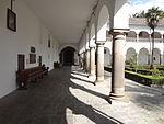 (Iglesia de San Francisco, Quito) Convento pic.bb03 interior courtyard.JPG