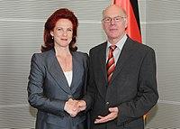 Āboltiņa tiekas ar Vācijas Bundestāga prezidentu (5754592675).jpg