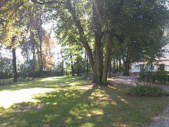 240px-Świdnik_(limanowski)_-_park_dworski.jpg