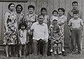 """Героиня картины """"Девушка-башкирка в голубом"""" с семьей, внуками.jpg"""