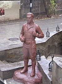 Памятник Сухову 1.jpg