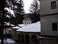 Троянският манастир декември 2011 - panoramio (4).jpg