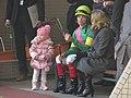 クレイグ・ウィリアムズ(と愛娘) - Craig Williams Family - Hanshin Racecourse (11351528885).jpg
