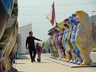 Vitacura - Exhibition United Buddy Bears in  Vitacura, Parque Bicentenario (2015)