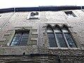 154 Casa Sala i Saçala, c. Corretgers 3 (Vic), finestres.jpg