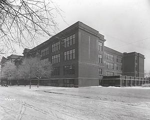 South High School (Minneapolis) - 1916 addition shown in 1923.