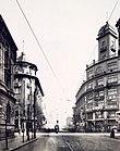 1930年代天津法租界杜总领事路与福煦将军路交叉路口.jpg