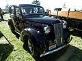 1948 Morris Ten sedan (8877630280).jpg