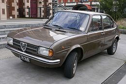 1974 Alfa Romeo Alfasud 4-door sedan (2015-07-15) 01.jpg