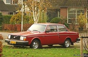 Volvo 200 Series - Euro-spec. 1979-1980 two-door sedan 242 DL (certain markets only)
