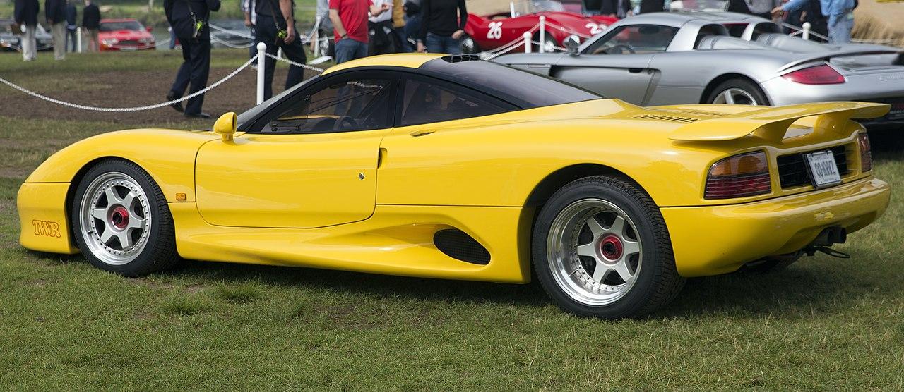 File:1991 Jaguar XJR-15, rear left side (Greenwich 2019 ...