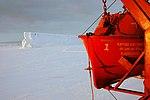 2007 Snow-Hill-Island Luyten-De-Hauwere-Kapitan-Khlebnikov-01.jpg