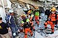 2010년 중앙119구조단 아이티 지진 국제출동100118 중앙은행 수색재개 및 기숙사 수색활동 (206).jpg