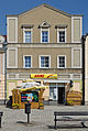 2014 Lądek-Zdrój, dom w rynku 05.JPG