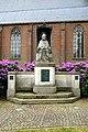 20160520 Heilig Hartbeeld bij de Sint Servatiuskerk door Jan Custers 1922 Markt Schijndel.jpg